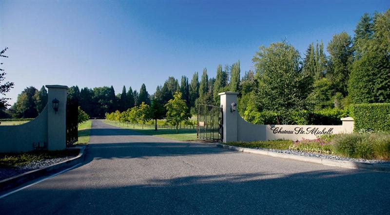 Entrada do Chateau Ste. Michelle, em Washington State, noroeste dos Estados Unidos da América