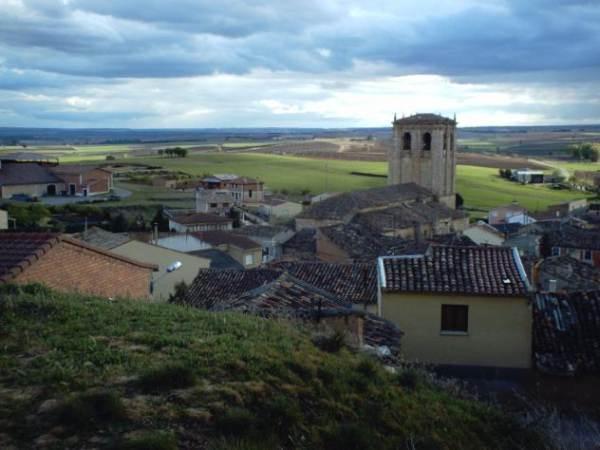 O pequeno pueblo de Gumiel del Mercado, sede das Bodegas Valduero