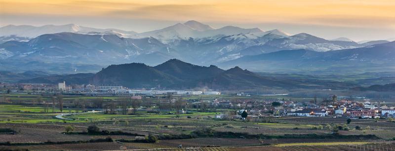 O espetacular cenário da Rioja Alta, local onde se situam os vinhedos e a vinícola das Bodegas Patrocínio