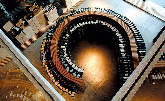 Moderna loja de vinhos, em São Paulo