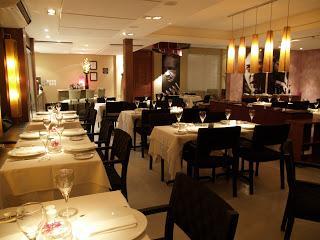 Restaurantes vazios refletem a queda do poder aquisitivo e a insegurança das grandes cidades...
