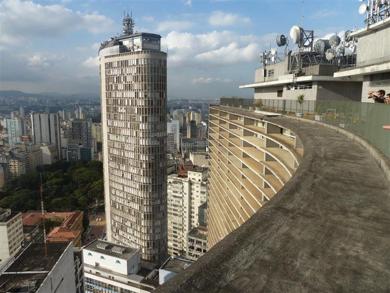 Terraço Itália, visto do Edifício Copan, é a atração turística número 1 de São Paulo e visita obrigatória para quem quer ter o melhor ângulo de visão da cidade